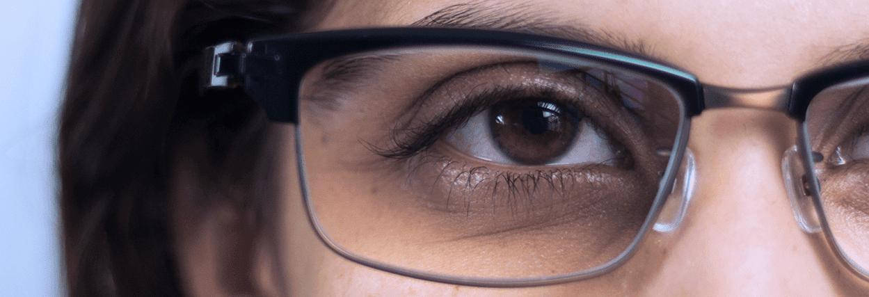 Como reduzir o efeito olho de boi em óculos de grau