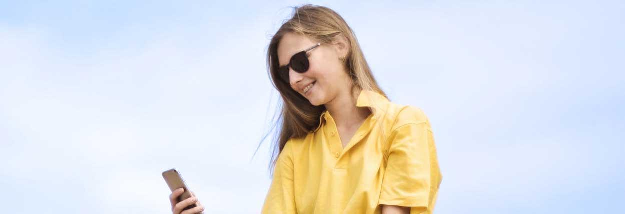 Óculos de sol  tudo o que você precisa saber antes de comprar   Lenscope 76ba40a070
