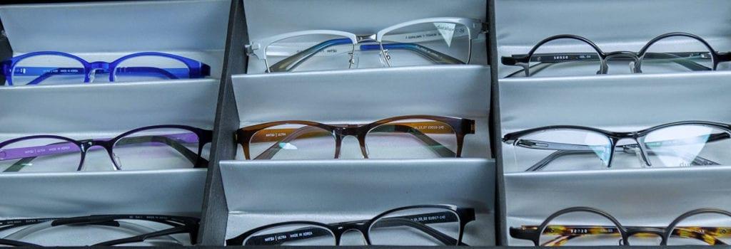 materiais de armação de óculos