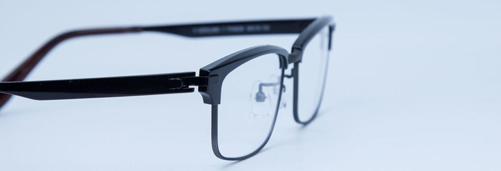 astigmatismo influencia na espessura do óculos