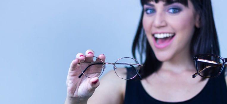 marcas de lentes de óculos de grau