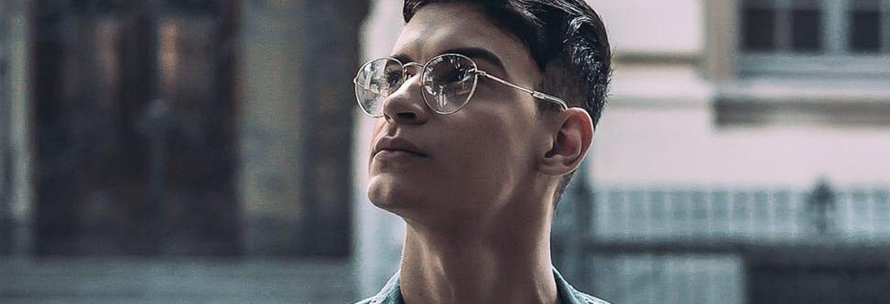 Lente de óculos para quem tem até 4 graus: lentes de acrílico (CR-39), trivex e policarbonato