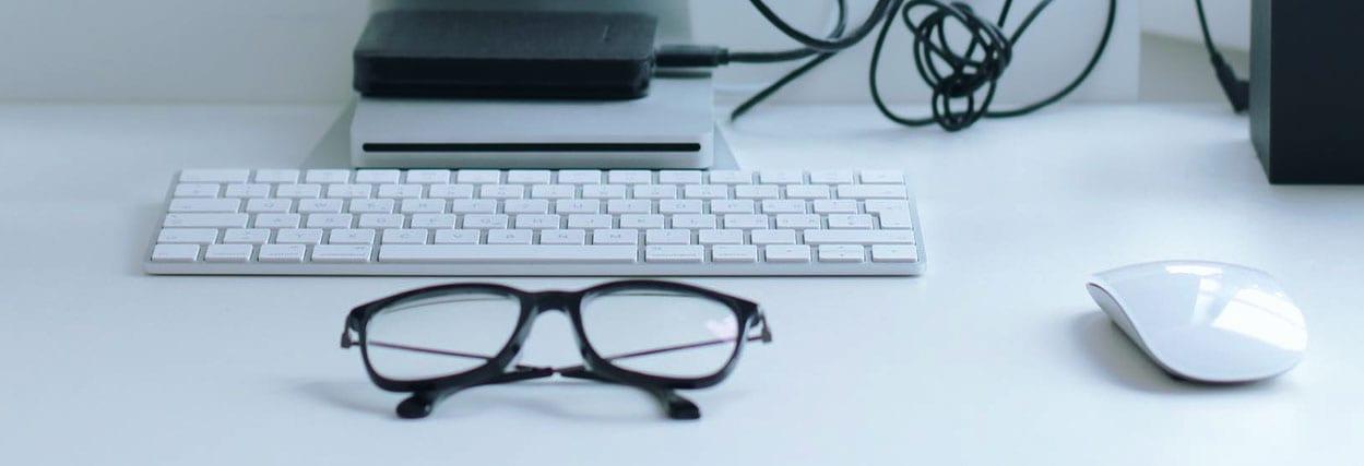 6 dicas na hora de comprar óculos de grau online. A 6 você não imaginava!