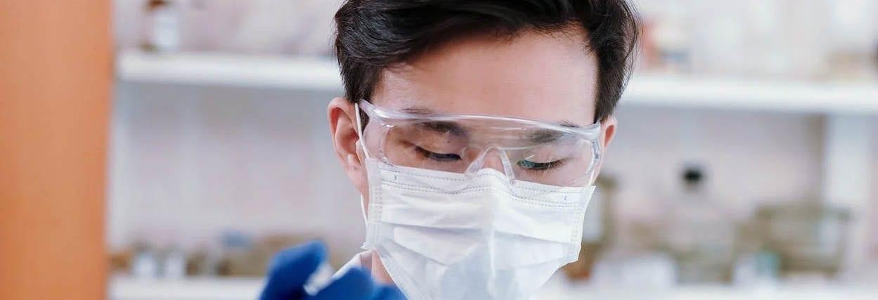 Óculos de proteção com grau para COVID-19