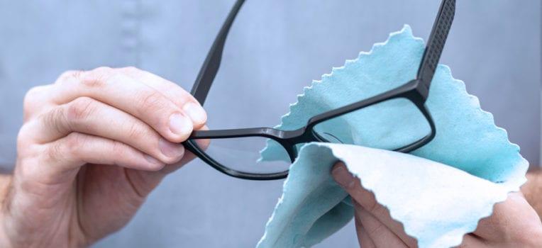 cuidados com óculos de grau