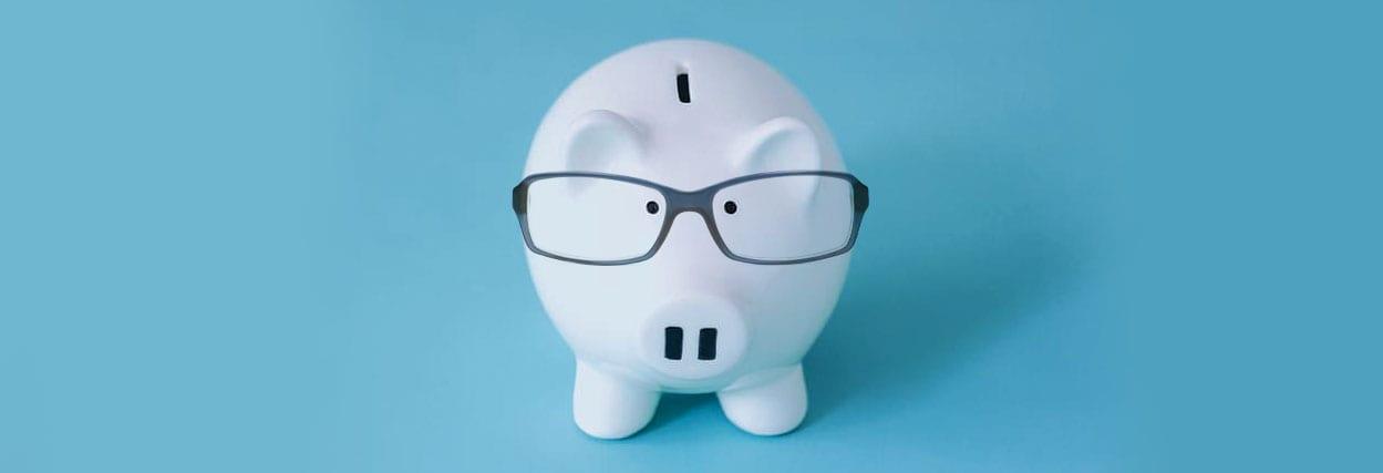 Como economizar na compra de óculos de grau?