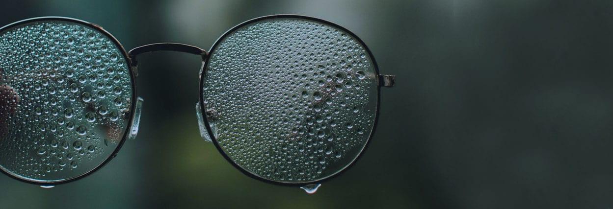 Por que ter uma lente hidrofóbica no óculos de grau?