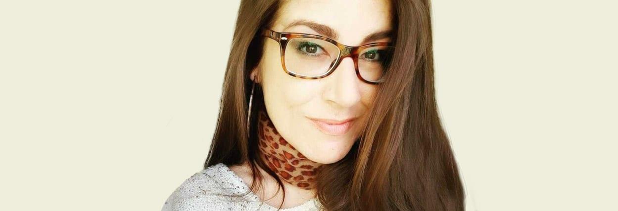 Conheça a Cibelli e seu novo óculos de -12,50 graus de miopia feito na Lenscope