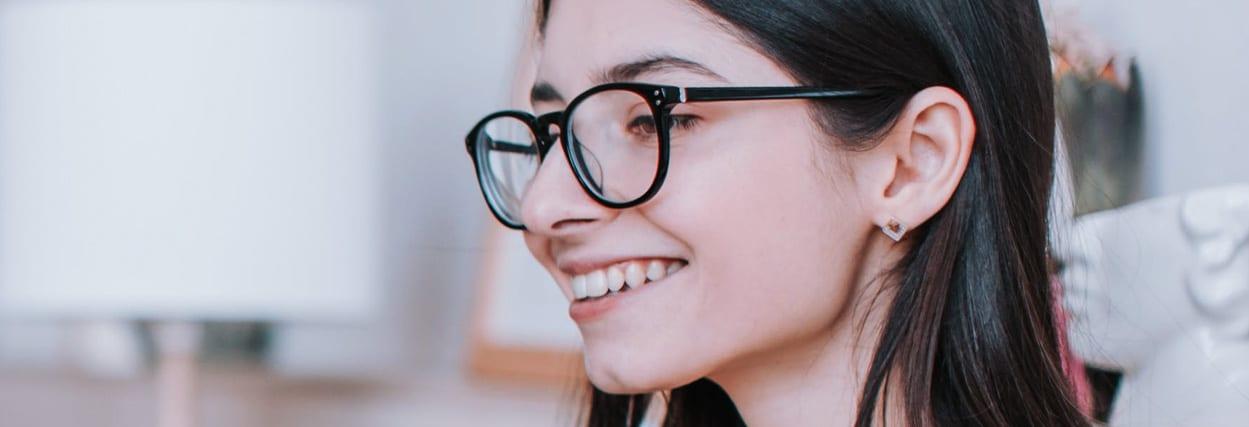 As principais marcas de lentes para óculos do mercado e seus preços