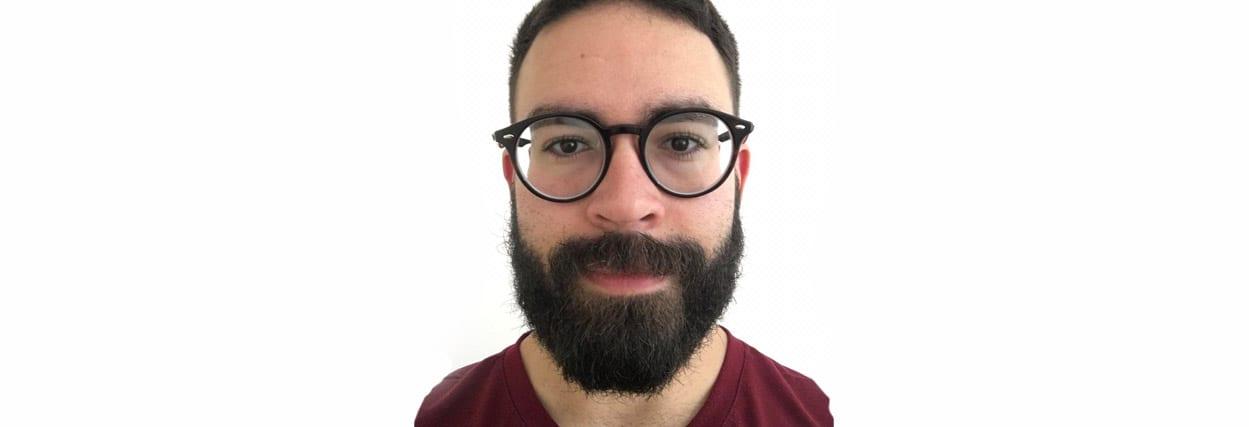 Conheça Jonathan e seu óculos de -8.00 graus de miopia!
