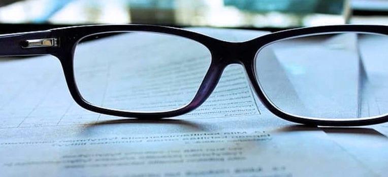 como saber se preciso usar óculos