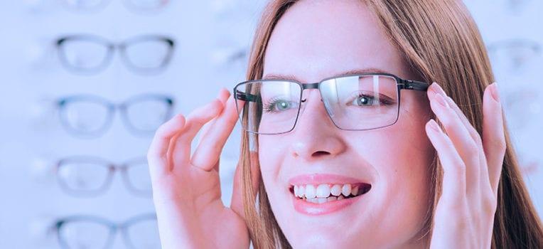porque algumas pessoas precisam usar óculos
