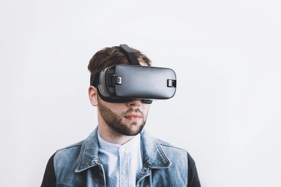 Óculos de realidade virtual: benefícios e como escolher o seu